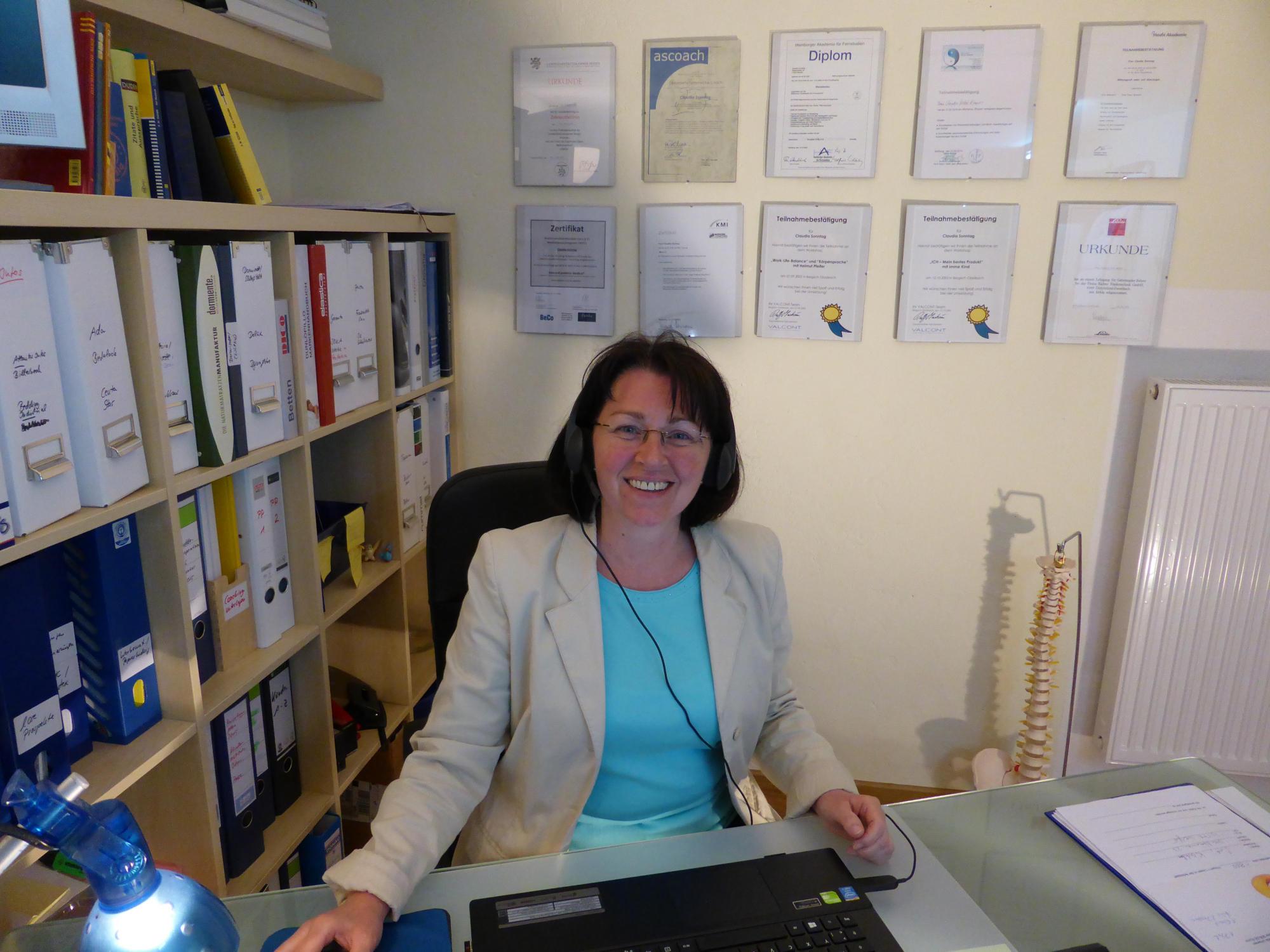 Claudia Nickel Zimmer Schlafstudio Wertvoll Mai 2015