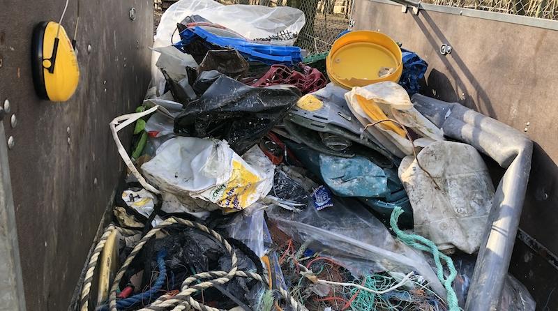 Biofabrik: WASTX Plastic verwandelt Meeresplastik in Kraftstoff